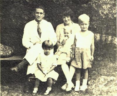Corpron Family [424229]